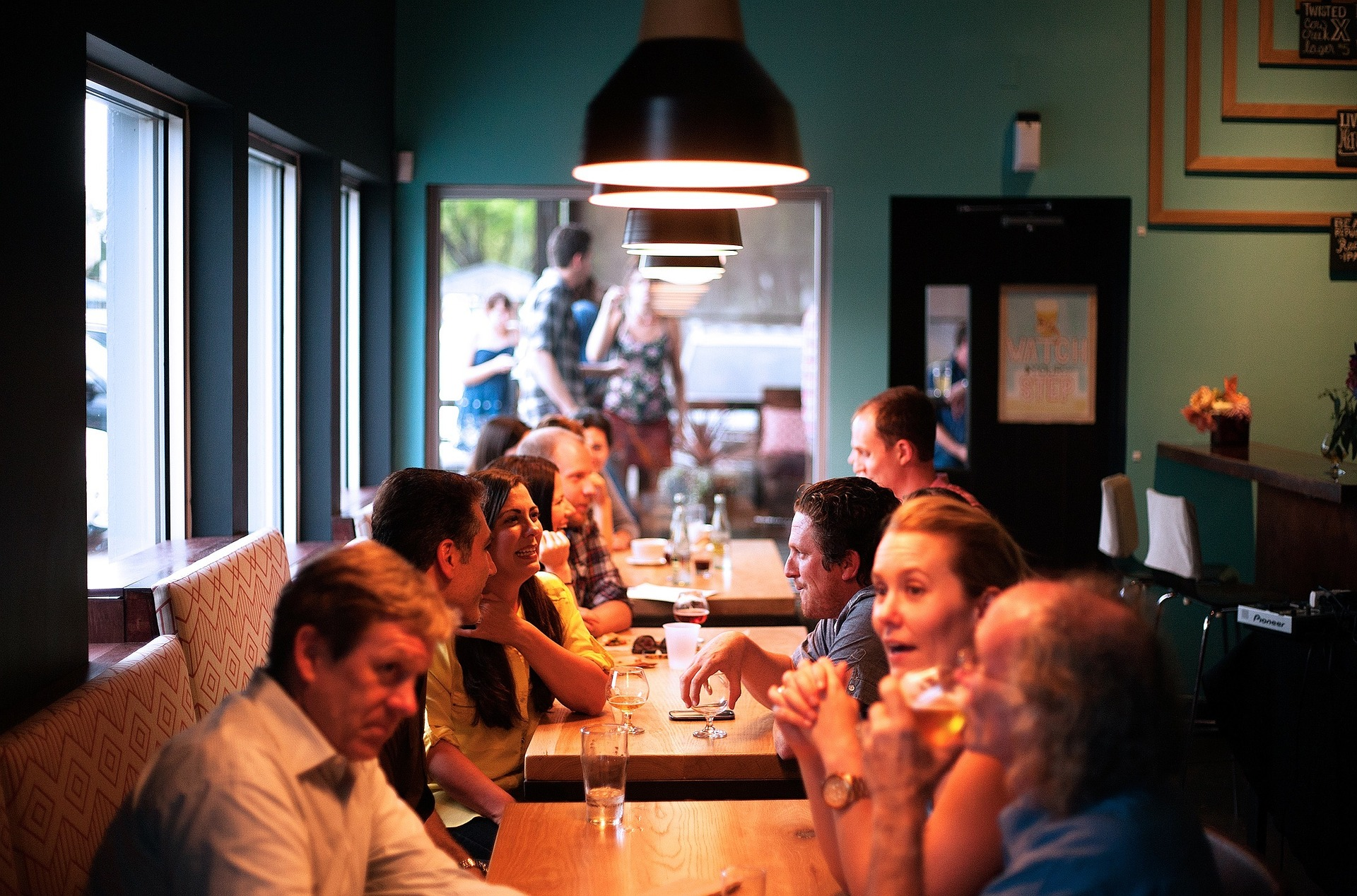 restaurant personnes invites clcv bien manger
